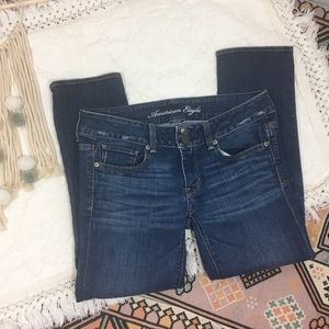 American Eagle cropped artist jean
